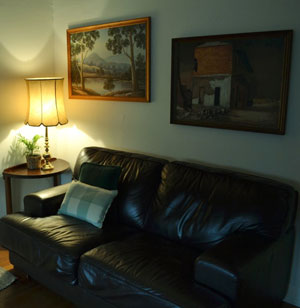 Photo of living room at Bendigo Backpackers